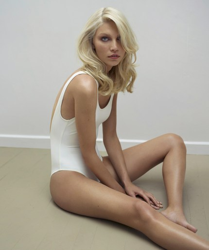 Aline Weber by Thomas Whiteside (2)