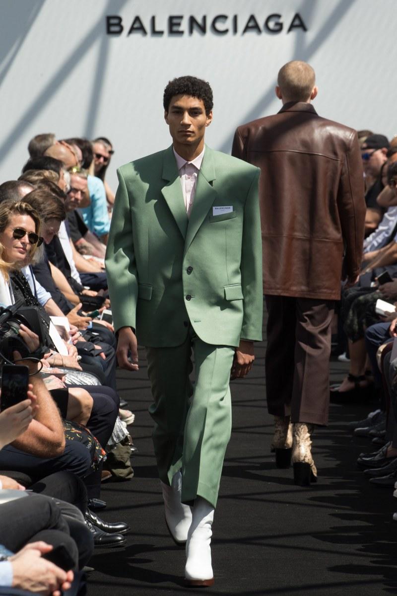 Balenciaga Menswear SS 2017 Paris (15)