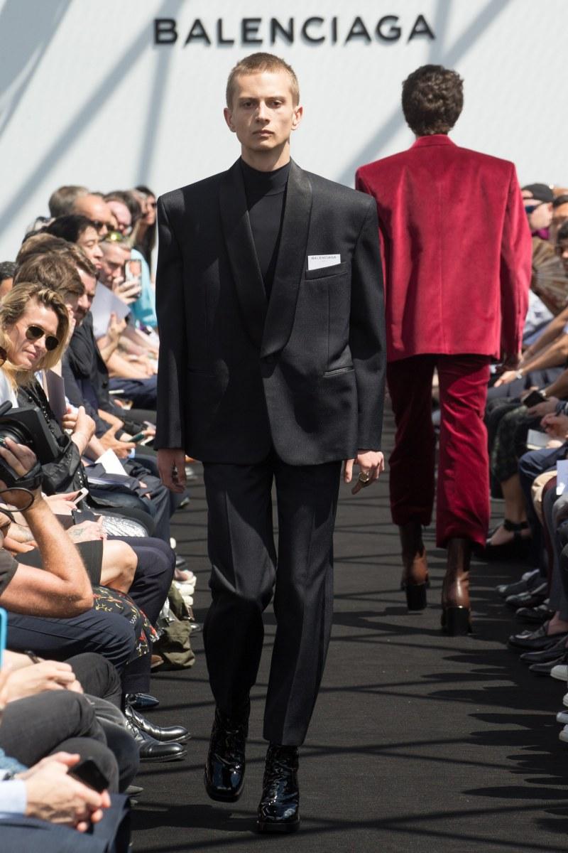 Balenciaga Menswear SS 2017 Paris (24)