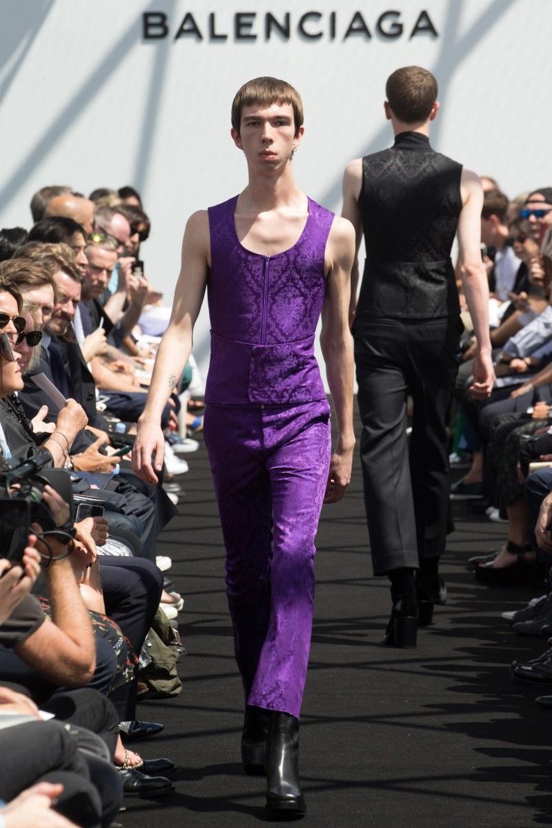 Balenciaga Menswear SS 2017 Paris (30)