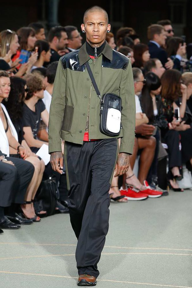Givenchy Menswear SS 2017 Paris (27)