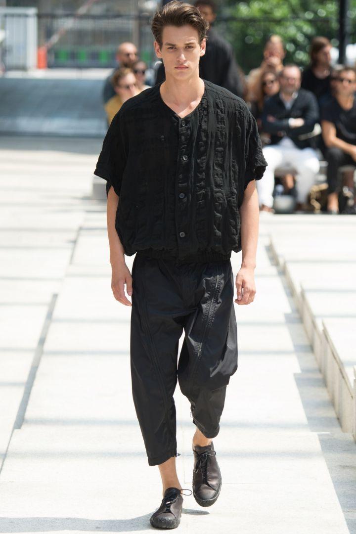 Issey Miyake Menswear SS 2017 Paris (12)