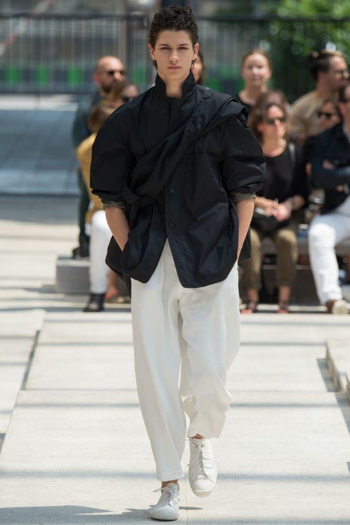 Issey Miyake Menswear SS 2017 Paris (14)
