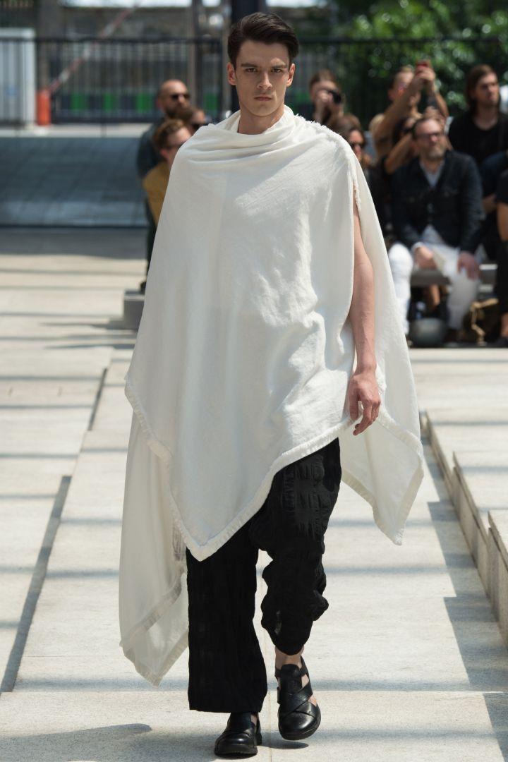 Issey Miyake Menswear SS 2017 Paris (4)
