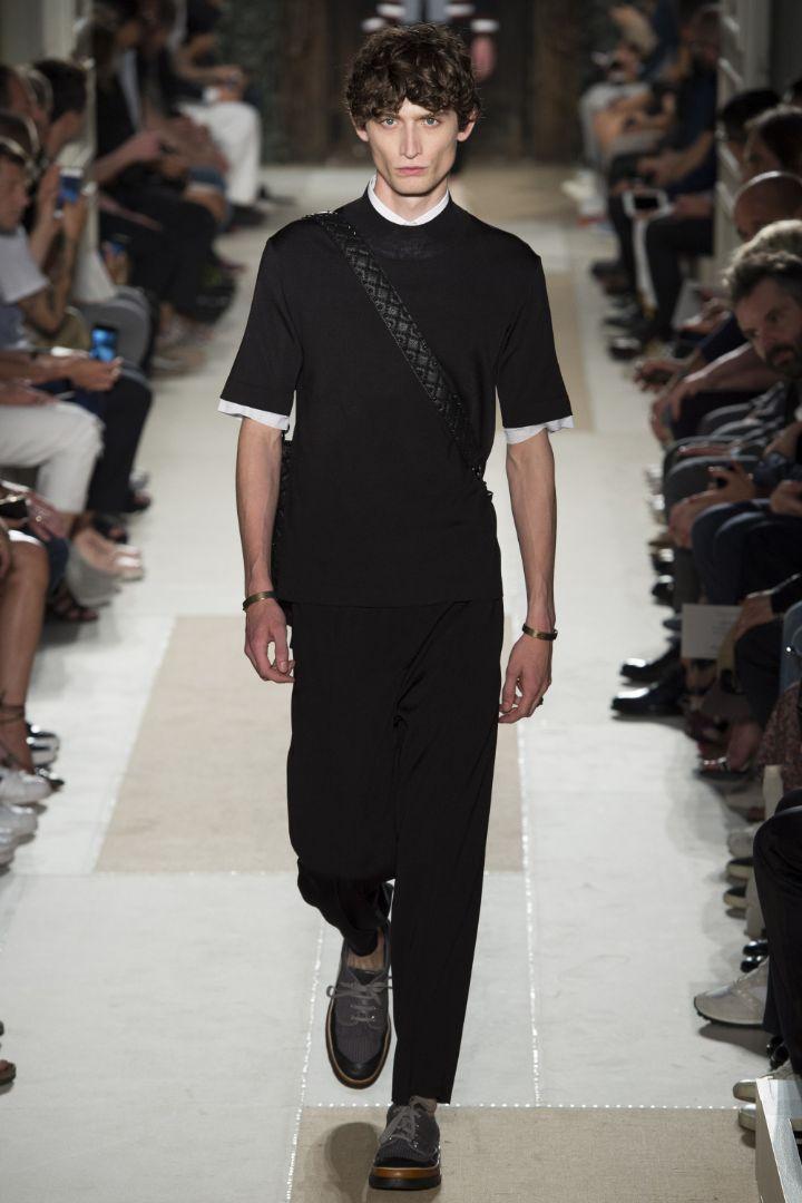 Valentino Menswear SS 2016 Paris (17)