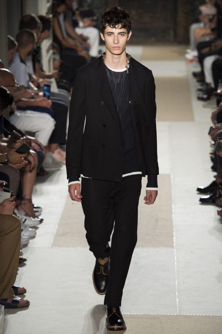 Valentino Menswear SS 2016 Paris (54)
