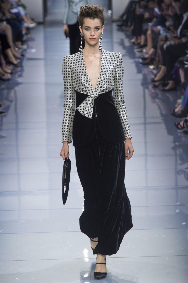 Armani Priv+¬ Haute Couture FW 2016 Paris (16)