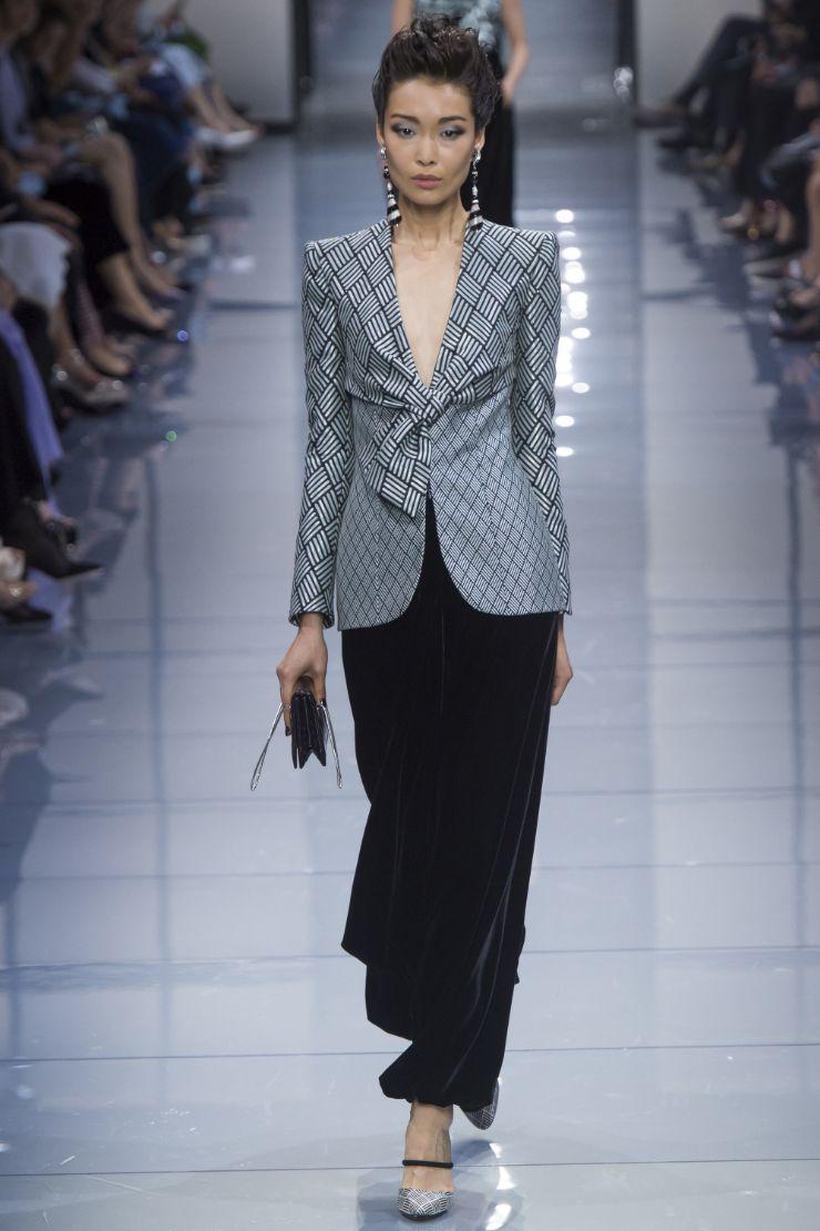 Armani Priv+¬ Haute Couture FW 2016 Paris (17)