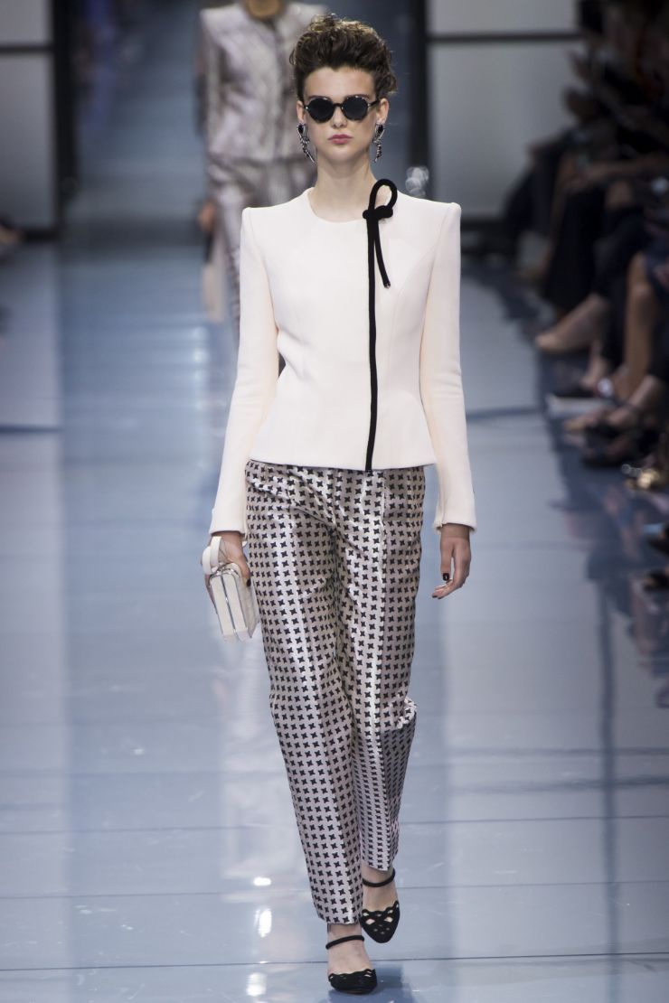 Armani Priv+¬ Haute Couture FW 2016 Paris (2)