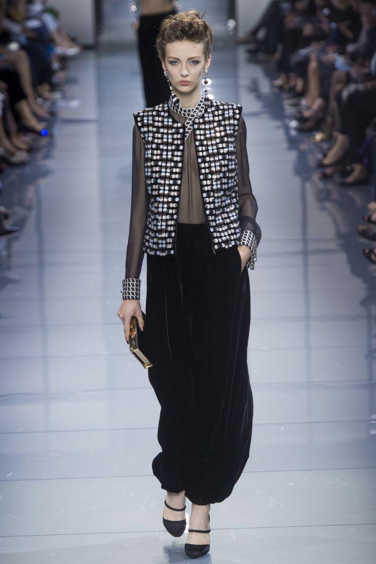Armani Priv+¬ Haute Couture FW 2016 Paris (20)
