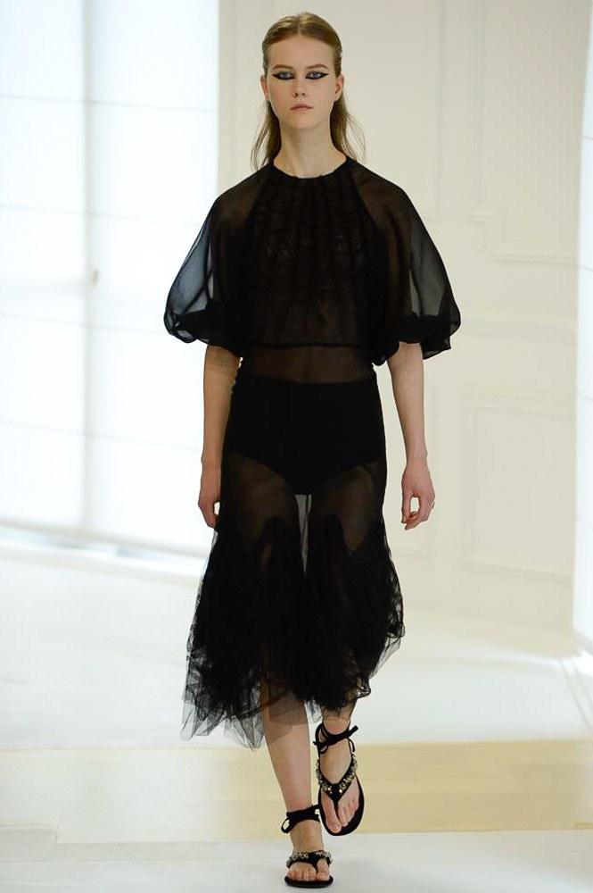 Christian Dior Haute Couture FW 2016 Paris (19)