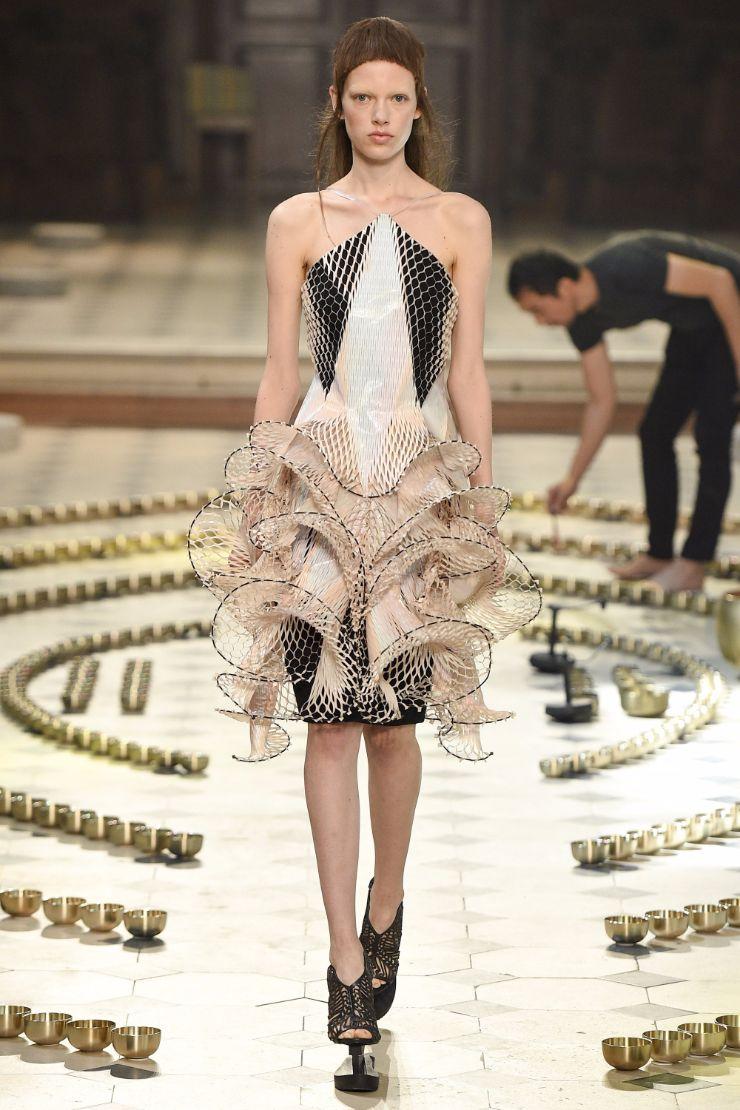Iris van Herpen Haute Couture FW 2016 Paris (4)