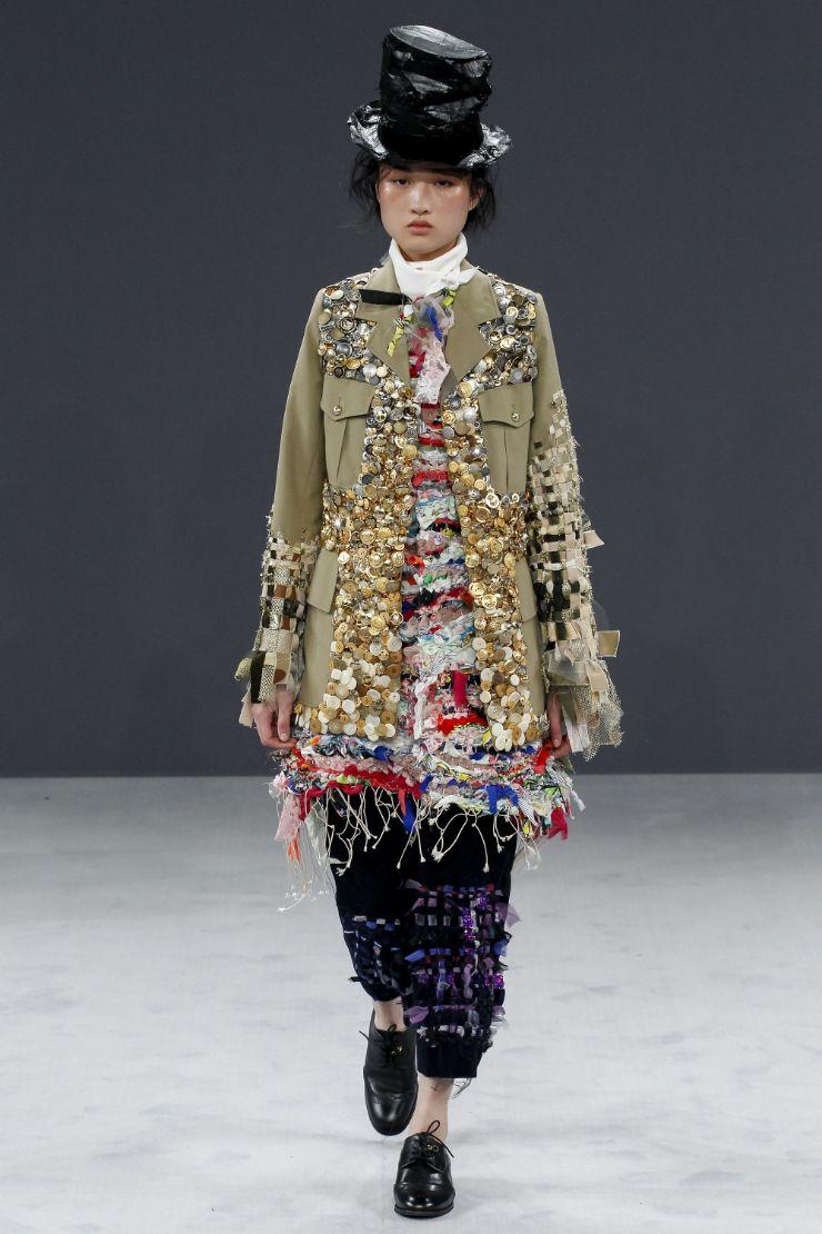 Viktor & Rolf Haute Couture FW 2016 Paris (27)