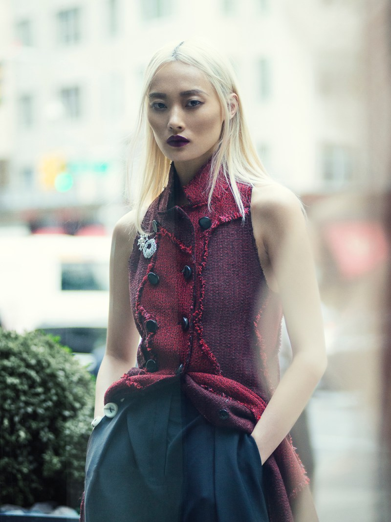 ELLE-Hong-Kong-September-2016-Li-Xiao-XIng-by-Francesco-Vincenti-1