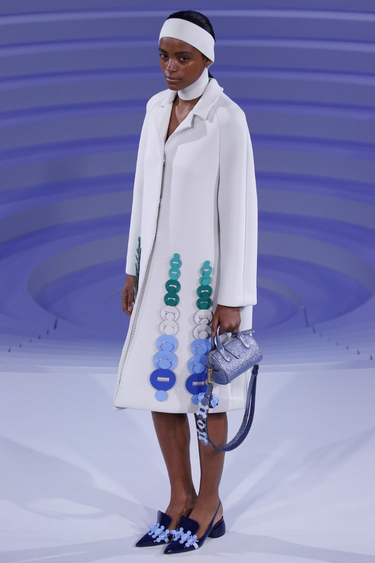 anya-hindmarch-ready-to-wear-ss-2017-lfw-27