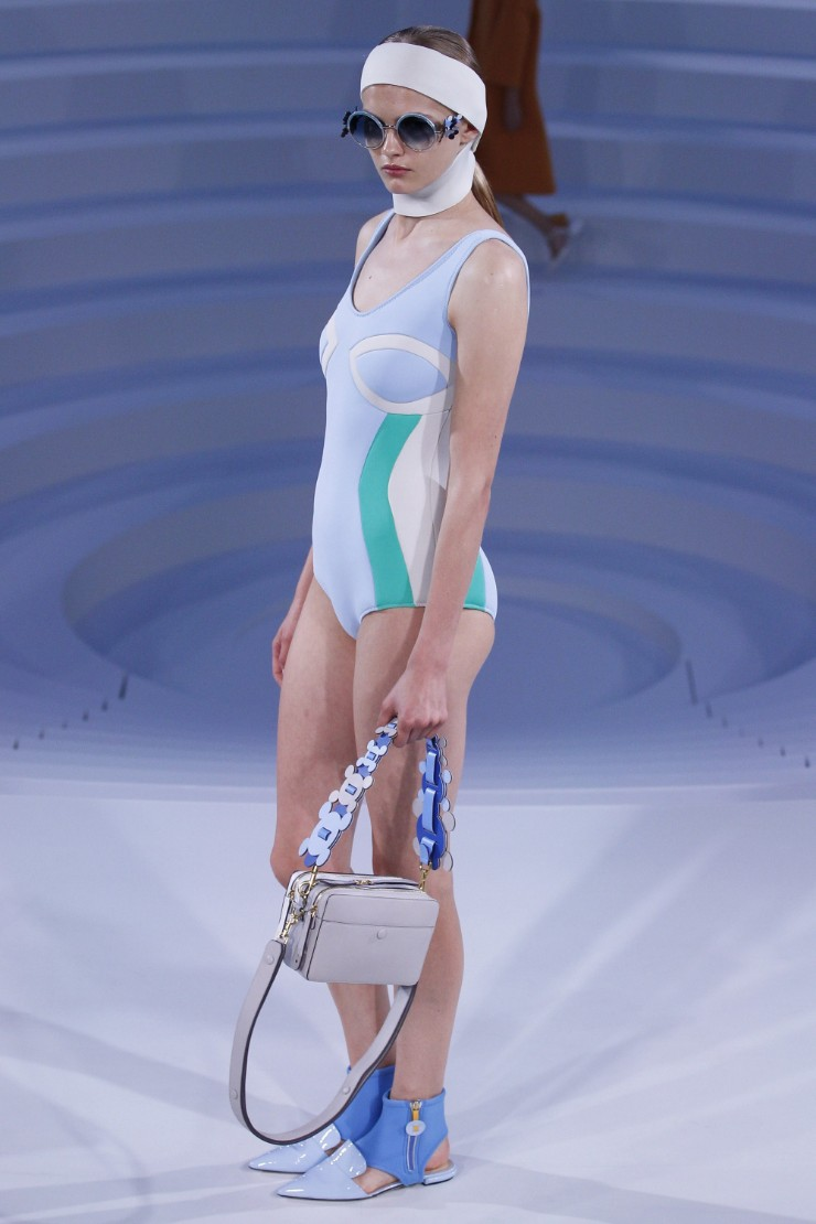 anya-hindmarch-ready-to-wear-ss-2017-lfw-28