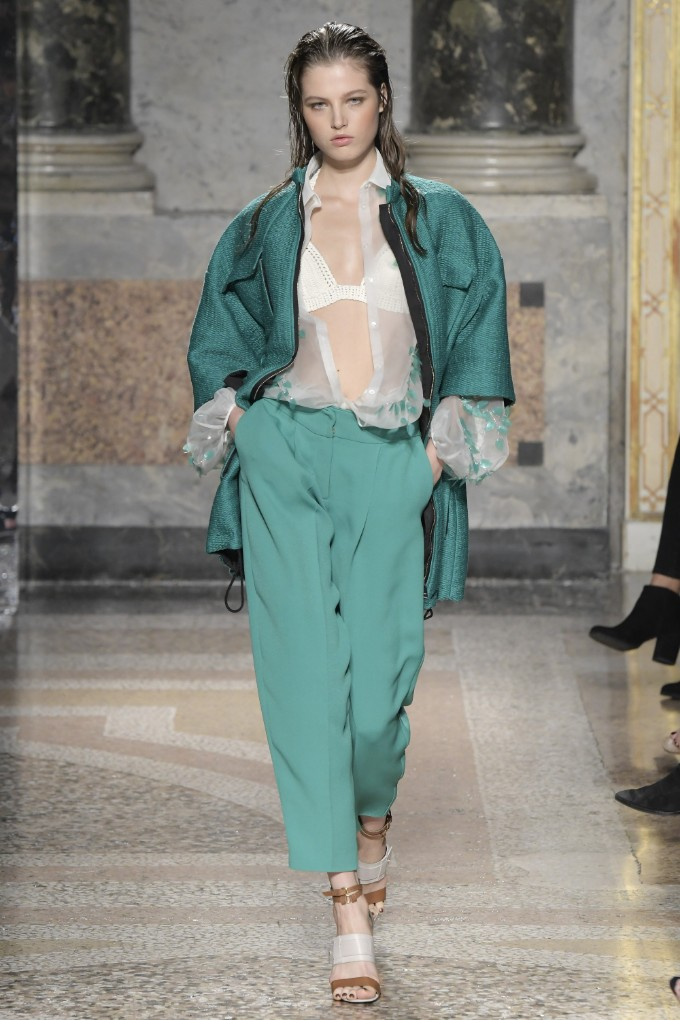 les-copains-ready-to-wear-ss-2017-mfw-22