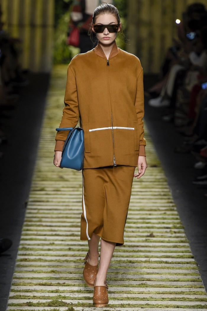 max-mara-ready-to-wear-ss-2017-mfw-27