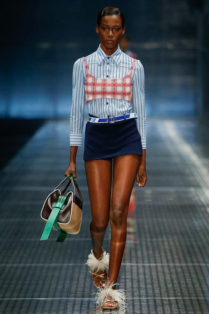 prada-ready-to-wear-ss-2017-mfw-11