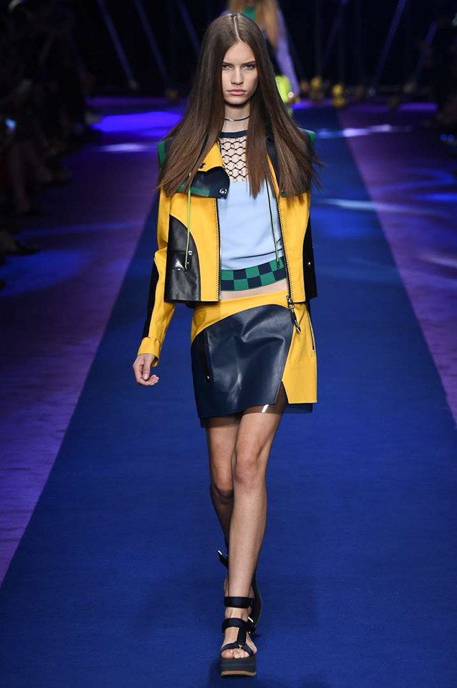 versace-ready-to-wear-ss-2017-mfw-14