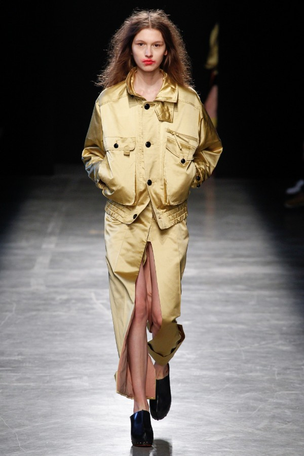 andreas-kronthaler-for-vivienne-westwood-ready-to-wear-ss-2017-pfw-49