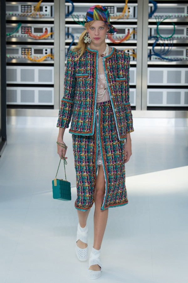 chanel-ready-to-wear-ss-2017-pfw-21