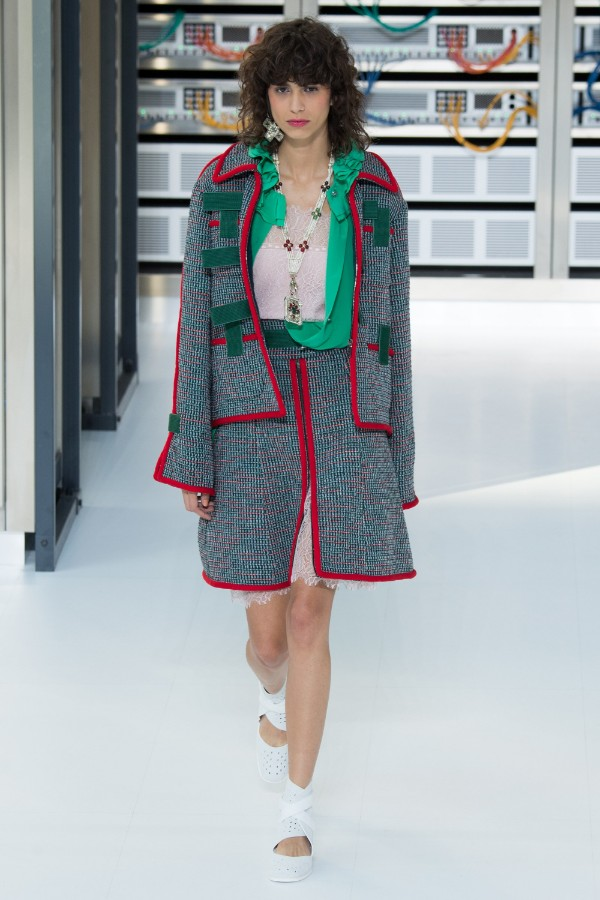chanel-ready-to-wear-ss-2017-pfw-4