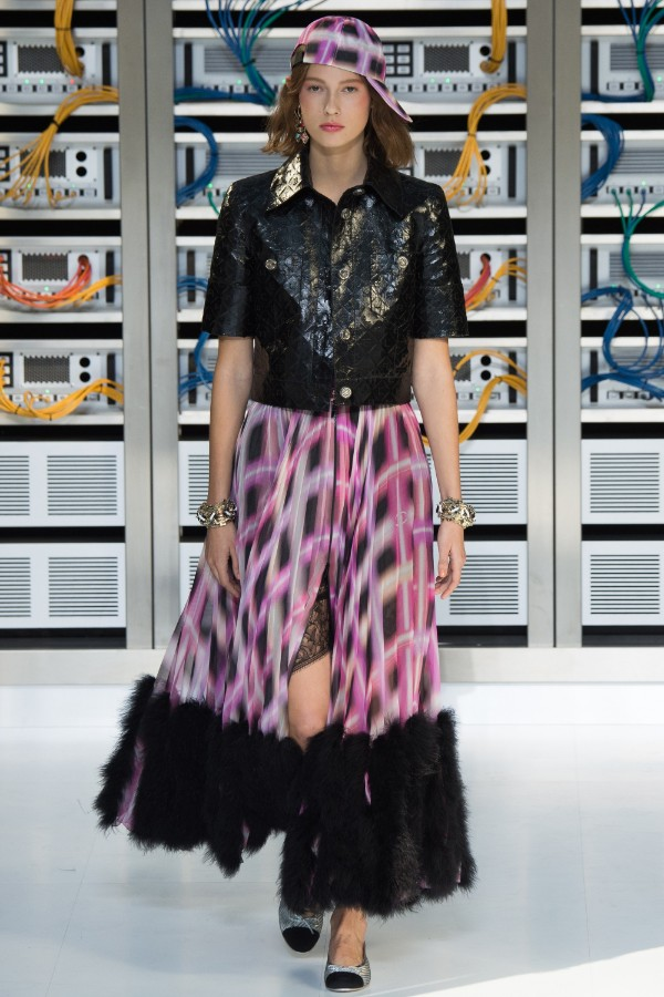 chanel-ready-to-wear-ss-2017-pfw-45