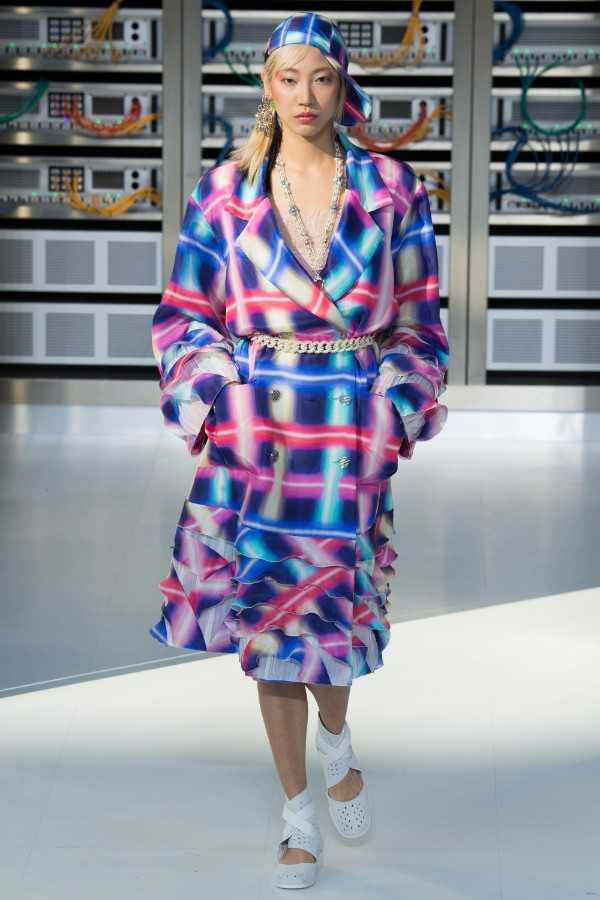 chanel-ready-to-wear-ss-2017-pfw-57