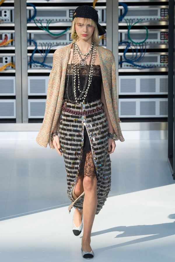 chanel-ready-to-wear-ss-2017-pfw-62