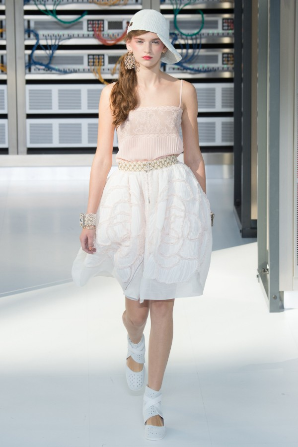 chanel-ready-to-wear-ss-2017-pfw-87