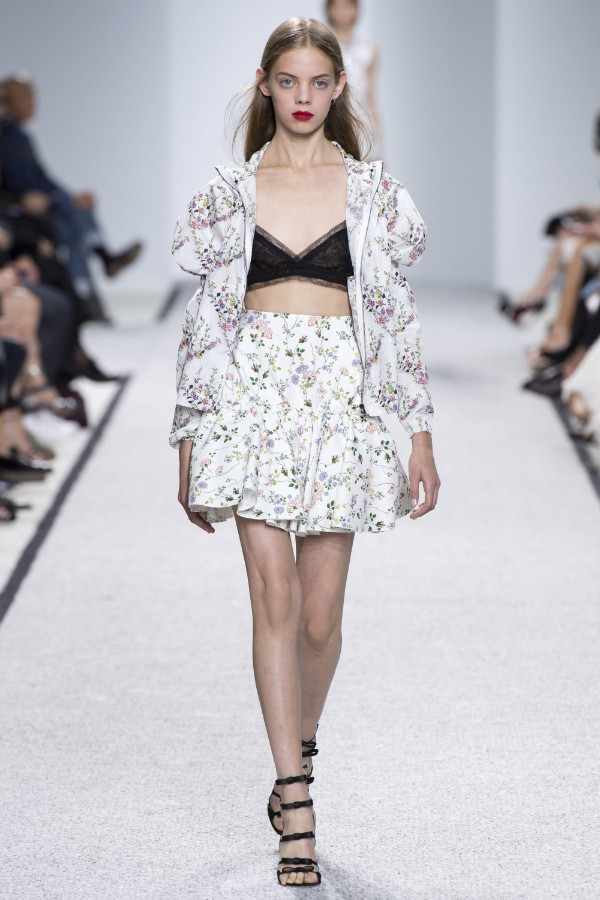 giambattista-valli-ready-to-wear-ss-2017-pfw-11