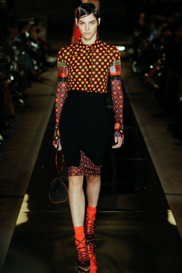 givenchy-ready-to-wear-ss-2017-pfw-23