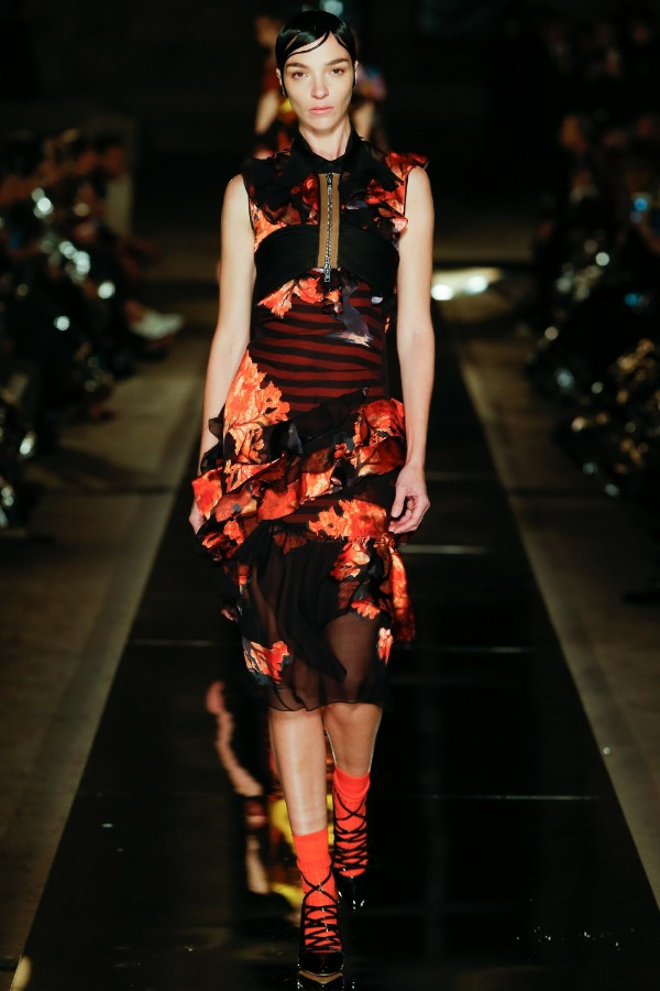 givenchy-ready-to-wear-ss-2017-pfw-29