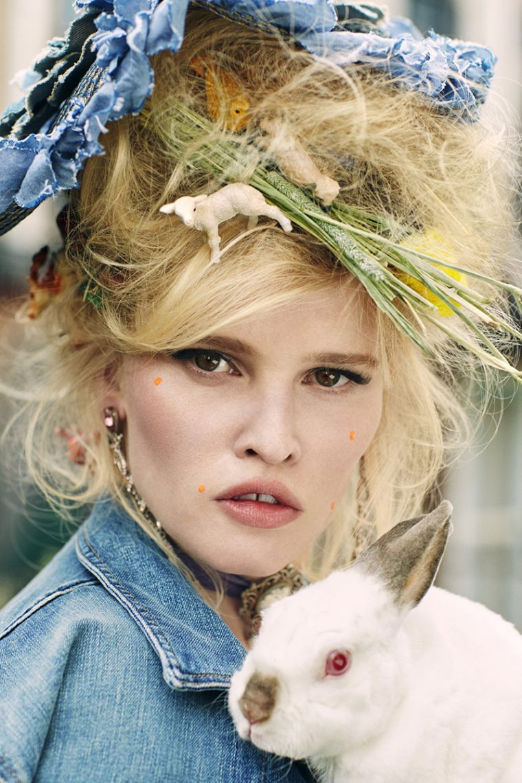 lara-stone-by-sebastian-faena-for-cr-fashion-book-no-9-3-760x1140