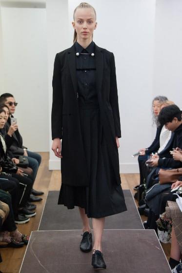noir-kei-ninomiya-ready-to-wear-ss-2017-pfw-7