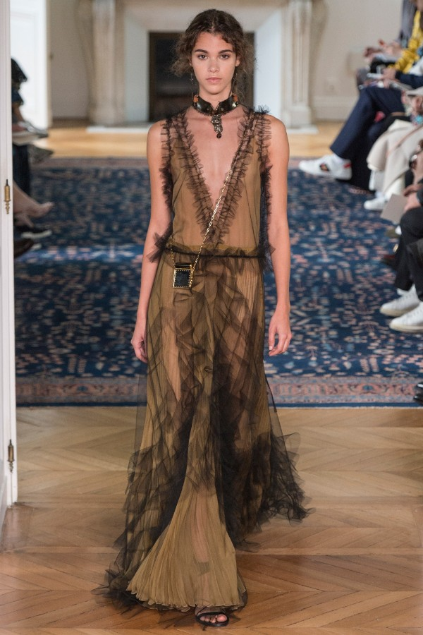 valentino-ready-to-wear-ss-2017-pfw-58