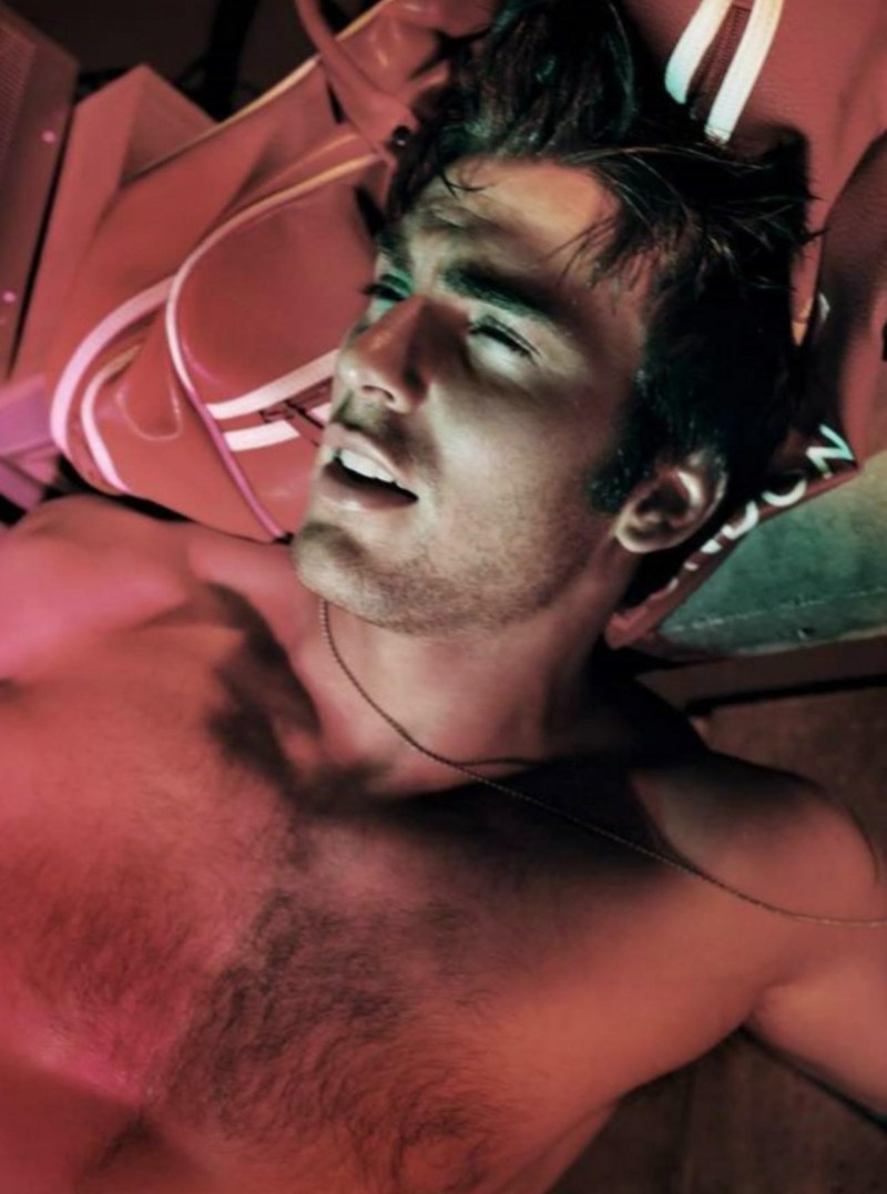chris-evans-by-tony-duran-2004-editorial-throwback-4