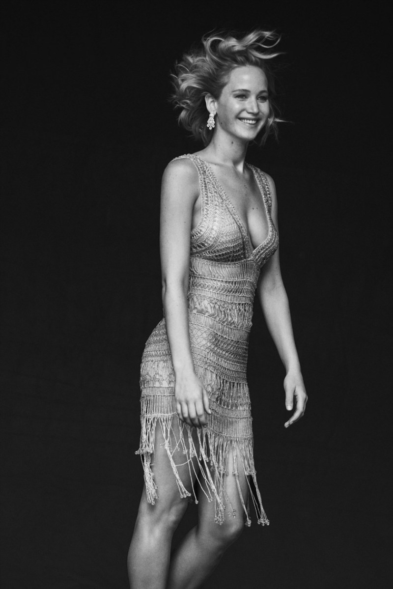 jennifer-lawrence-by-peter-lindbergh-10