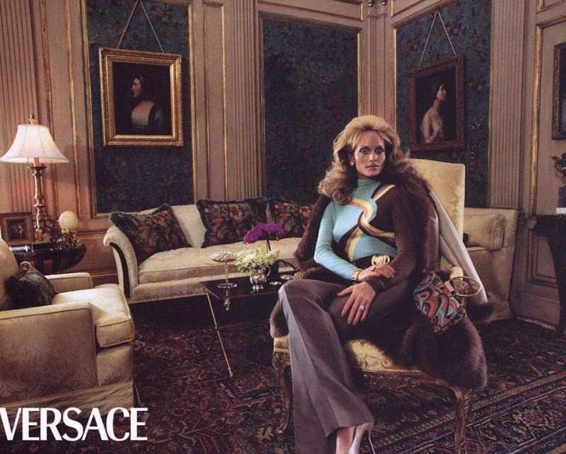 versace-fall-2000-by-steven-meisel-12