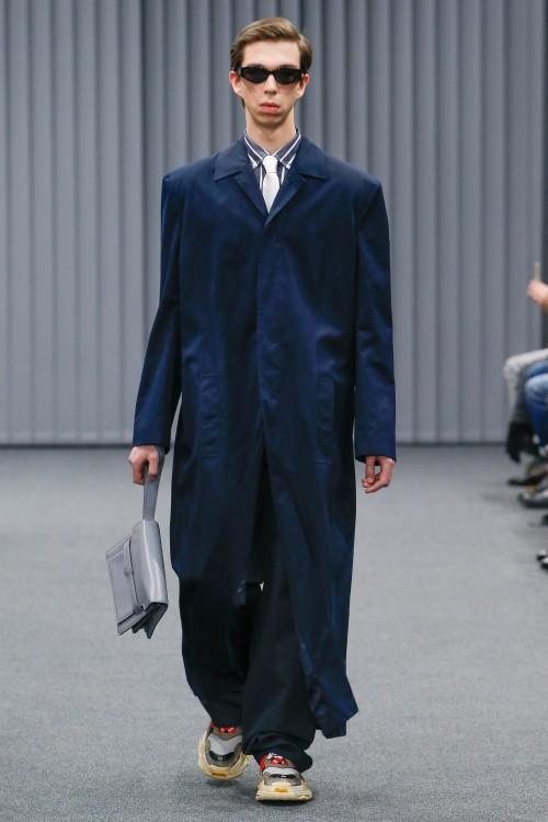 Balenciaga Menswear FW 2017 Paris14