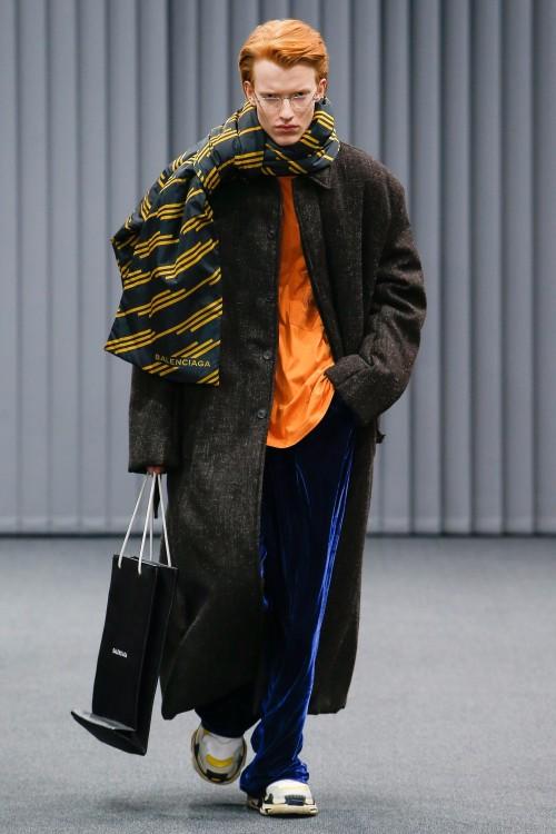 Balenciaga Menswear FW 2017 Paris24