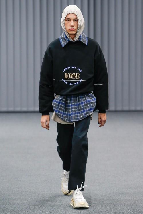 Balenciaga Menswear FW 2017 Paris25