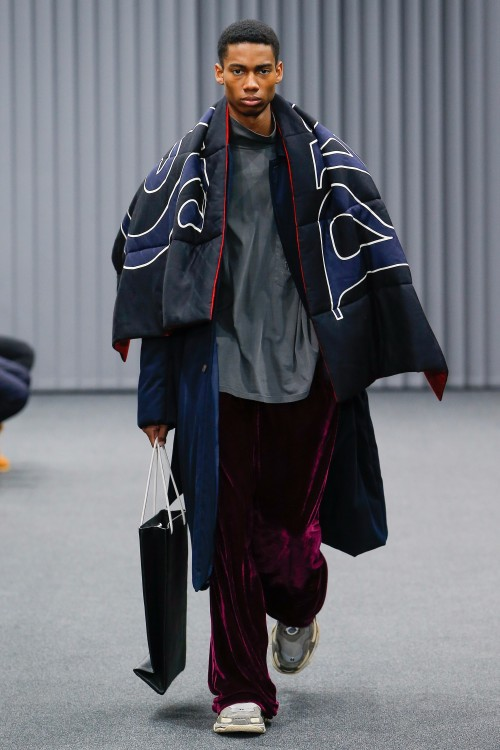 Balenciaga Menswear FW 2017 Paris26