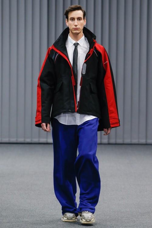 Balenciaga Menswear FW 2017 Paris35