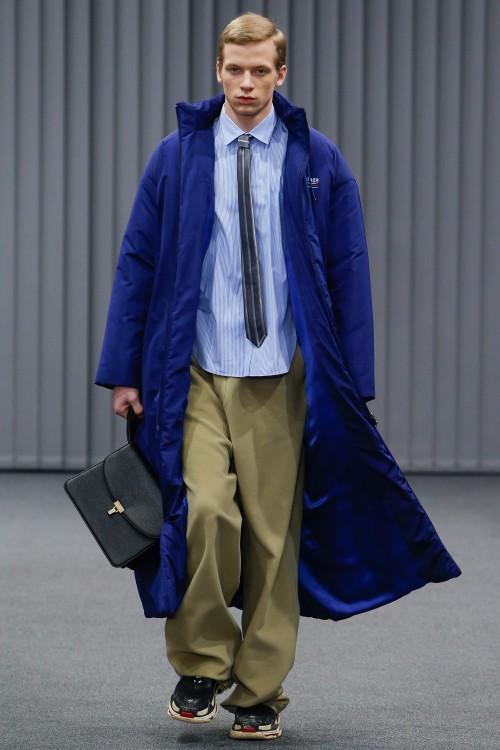 Balenciaga Menswear FW 2017 Paris38