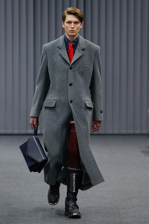 Balenciaga Menswear FW 2017 Paris5