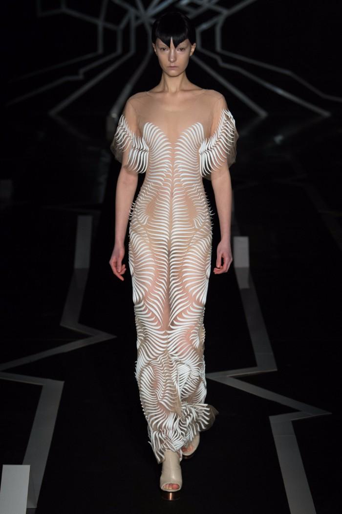 Iris van Herpen Haute Couture SS 2017 Paris4