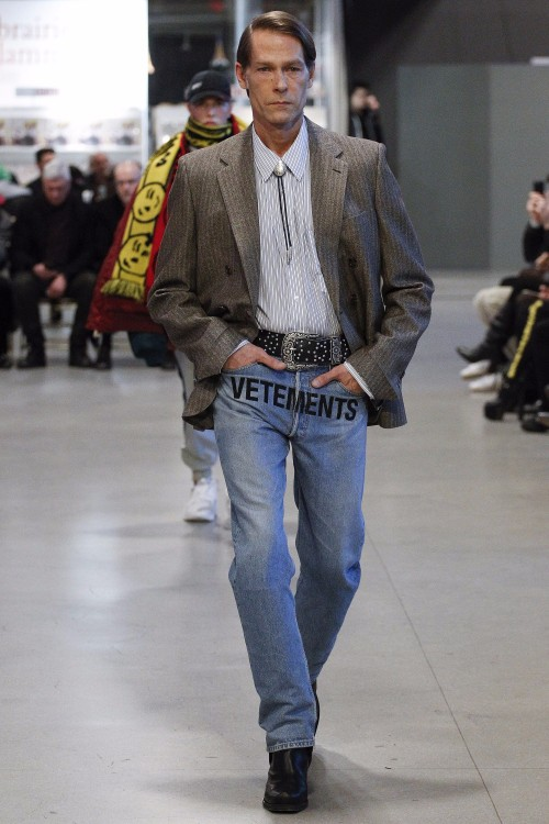 Vetements Menswear FW 2017 Paris25
