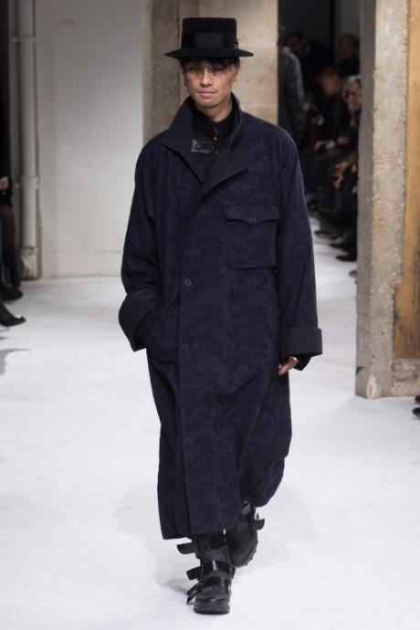 Yohji Yamamoto Menswear FW 2017 Paris40
